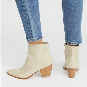 Free People Going West White Beige Snakeskin Boots